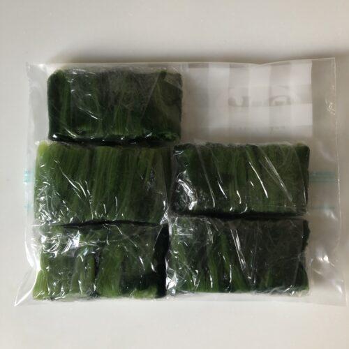 茹でたほうれん草-ジッパー付き保存袋